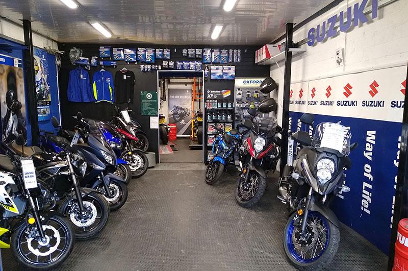 MME Suzuki motorbikes Interior